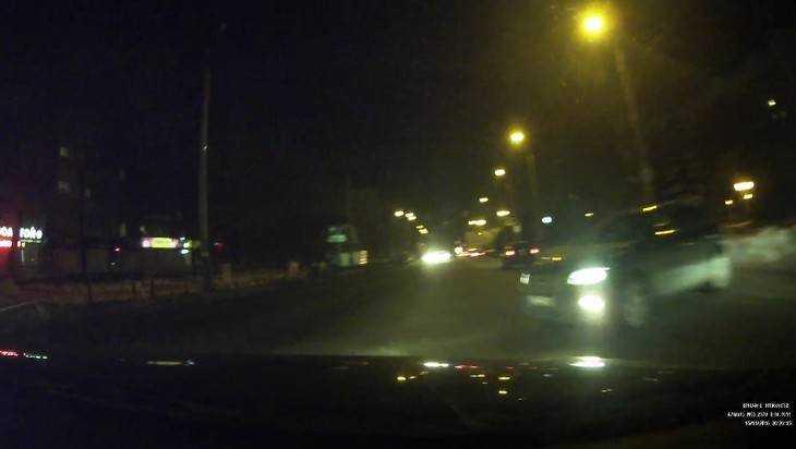 Брянский водитель опубликовал видео хамского поведения на дороге