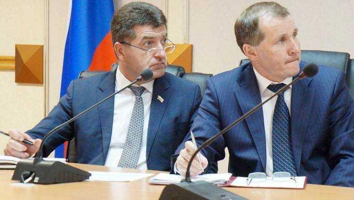 Руководители Брянска опустились в рейтинге «Медиалогии»