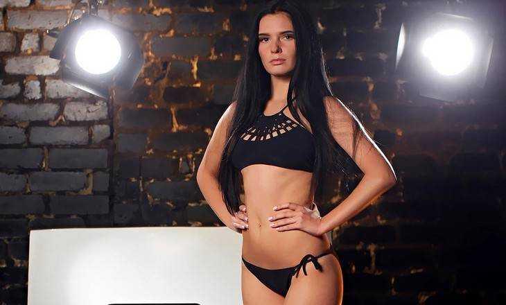 Двадцатилетняя брянская студентка стала «Мисс Геометрия – 2016»