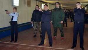 Брянские транспортные полицейские стали самыми меткими в округе