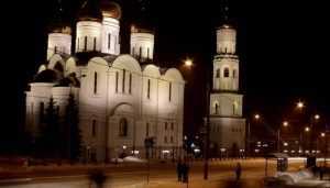 Брянцев пригласили на новогоднее богослужение в Кафедральный собор