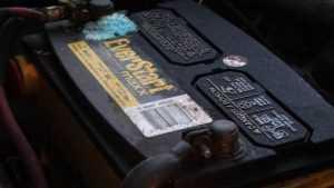 На Брянщине юных орловчан обвинили в краже 10 аккумуляторов