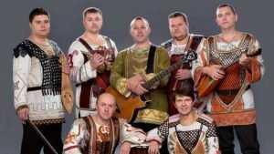 Брянский ансамбль «Ватага» согрел песнями жителей Донбасса