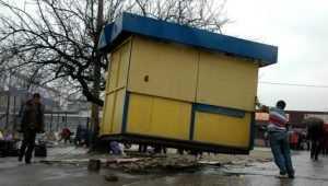 В Брянске незаконные ларьки победят аукционами