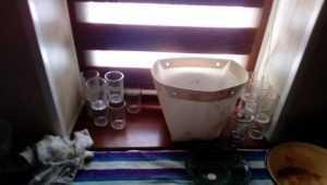В Брянске полиция лишила самогонщиков 170 литров пойла