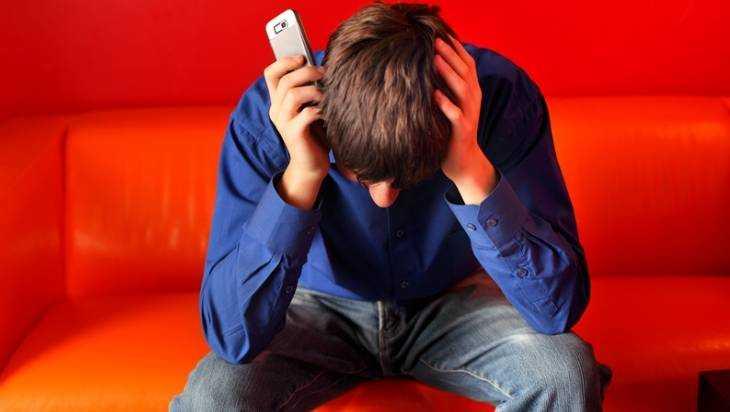 Брянского подростка будут судить за кражу дивана в общежитии