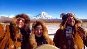 Брянские «Бабкины внуки» споют для экстремалов на Камчатке
