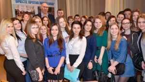 Руководители Брянска пообещали поддержку каждому студенту