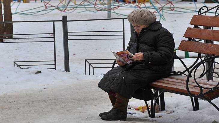 Брянская бабушка лишилась 42 тысяч рублей из-за стакана воды