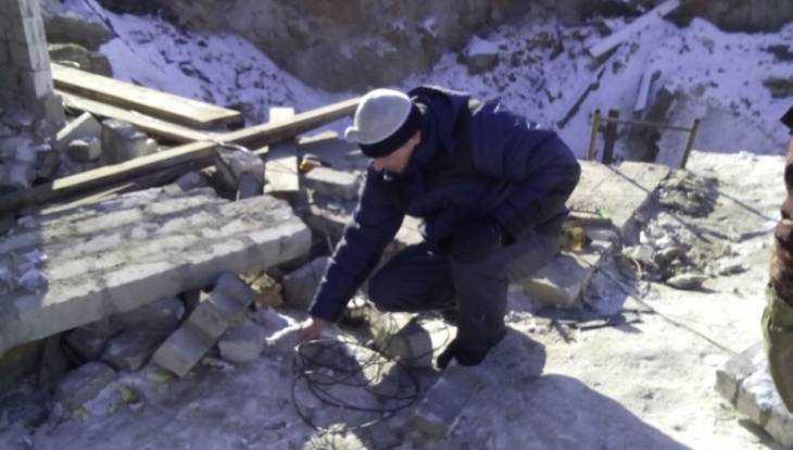 Министр прислал экспертов к месту провала в брянском посёлке Вышков