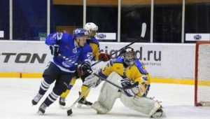 Хоккейный «Брянск» разбили дома и отодвинули от плей-офф
