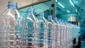 Брянского предпринимателя наказали за мастеров бутылочного дела