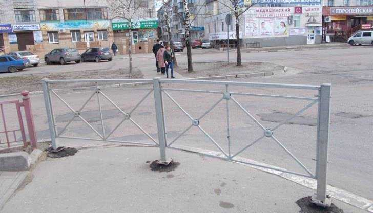 Опасный переход возле БУМа в Брянске закрыли со второй попытки