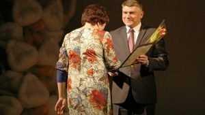 Юрий Гапеенко поздравил брянских железнодорожниц с Международным женским днём