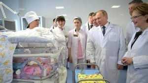 Владимир Путин поведал о «дравшейся» Ольге Голодец и спросил у брянских медиков о зарплате