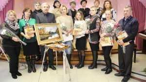 В брянской детской школе искусств открылась выставка