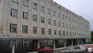 Во дворе брянской больницы обнаружили погибшего мужчину