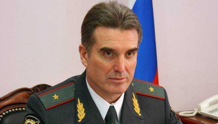 Начальника брянской полиции министр наградил кортиком