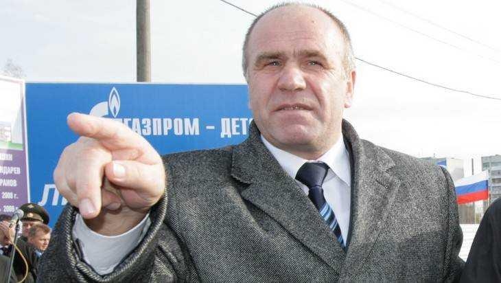 Брянский депутат Бугаев пояснил, зачем учителям зарплата