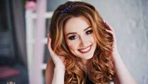 Студентку Марину Анохову назвали первой красавицей брянского вуза