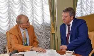 В США госпитализировали поэта и брянского профессора Евгения Евтушенко