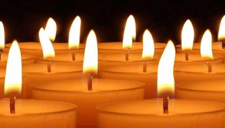 Возле брянского собора почтут память жертв теракта в Санкт-Петербурге