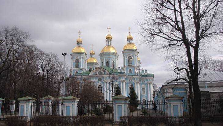 Ветераны «Брянскэнерго» посетили храмы Курской области