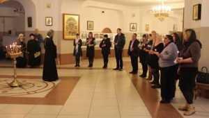 В Брянске зажгли «живую лампаду» в память о скончавшихся детях