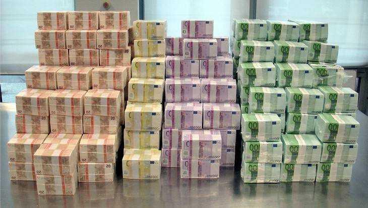 Загадочный рост оттока капиталов из России озадачил банки и экспертов