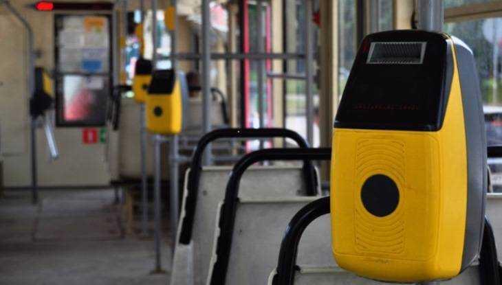 Автобусы и троллейбусы Брянска переведут на электронную оплату