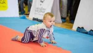 На празднике семьи в Брянске пройдут соревнования ползающих малышей
