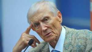 Брянский университет: Смерть Евтушенко – невосполнимая утрата для вуза