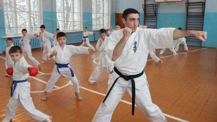 В Брянске завели дело о побеге осуждённого участкового Хуцишвили