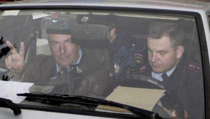 Брянского общественного прокурора Коломейцева обвинили в автохамстве