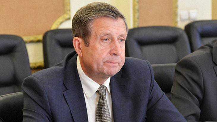 Владимир Попков громко упал в безмолвной Брянской думе