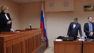 В Брянске суд отменил решение о наказании адвоката за съемки полиции