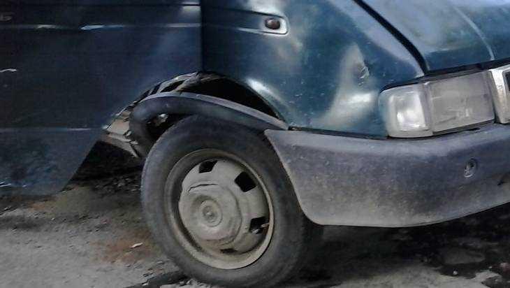 В Брянске женщина пострадала при столкновении маршрутки и «Газели»