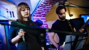 Выступавшая на «Брянском мамонте» певица Татьяна Османская выпустила два сингла
