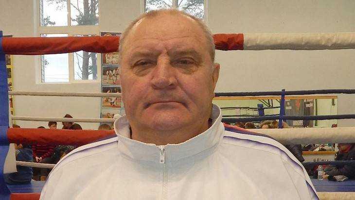 Ушел из жизни брянский тренер по боксу Петр Антипов