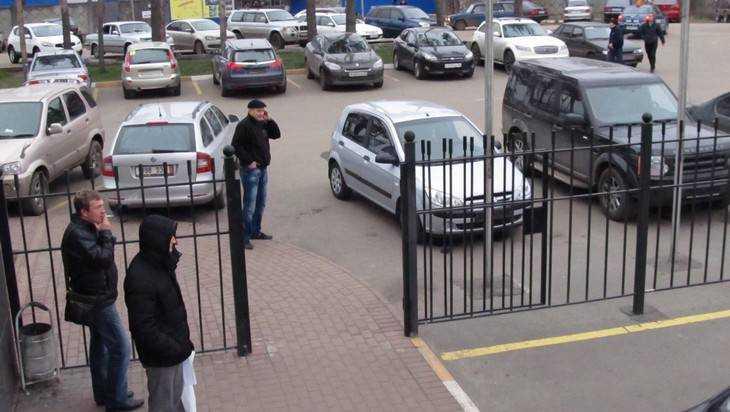 Брянскую полицию эвакуировали из-за угрозы взрыва