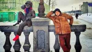 Брянца Мишку Карася согрели шарфом и красными носками