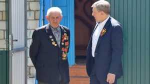 Председатель брянской «Опоры России» Виктор Гринкевич поздравил ветеранов с 9 Мая