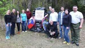 Силами Изборского клуба благоустроены партизанские мемориалы в Брянской области
