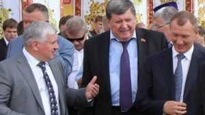 Бывший брянский губернатор Денин отпразднует день рождения с соком