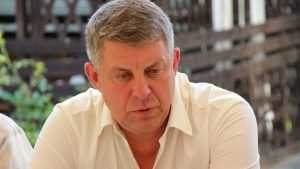 Брянский губернатор за год заработал 3,6 миллиона рублей