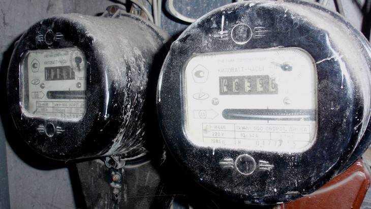 Жителей брянского города напугали заменой электросчетчиков