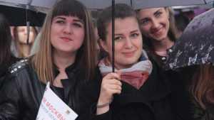 Москва в свой день подарила Брянску великолепный концерт под дождем