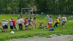 Брянские дети вырвались на лагерную волю