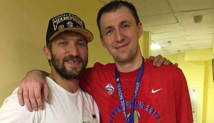 Хоккеист Овечкин поздравил брянца Фридзона с победой в Единой Лиге ВТБ