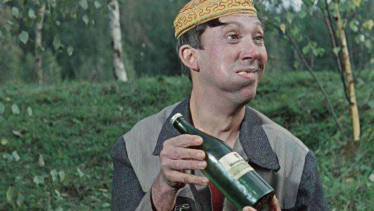 Более половины продаваемого в России алкоголя не соответствует ГОСТу